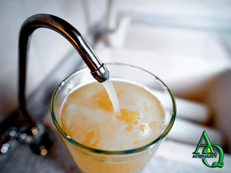 Serviço de tratamento água com ferrugem